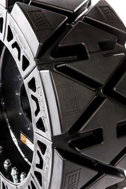 airless skid steer tires