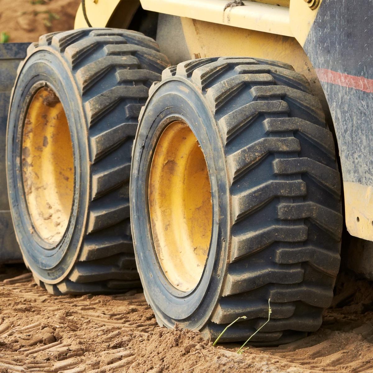 skid steer tires